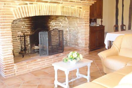 L'Estiol - Puycornet - Haus