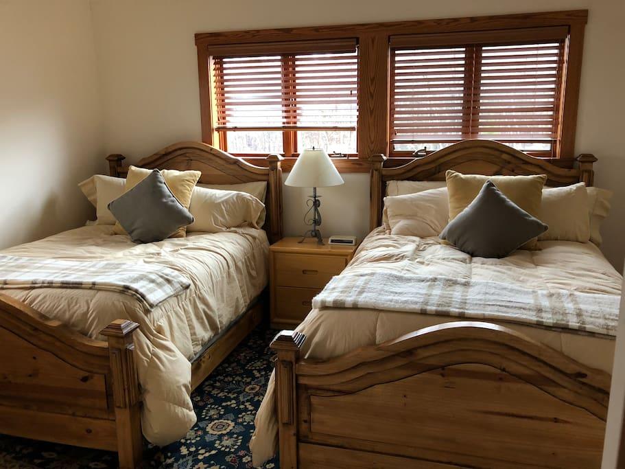2nd Floor Bedroom 1 - Twin Full Beds