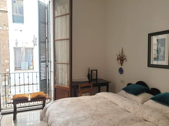 Nr3 Big bright room @ Volta Dos
