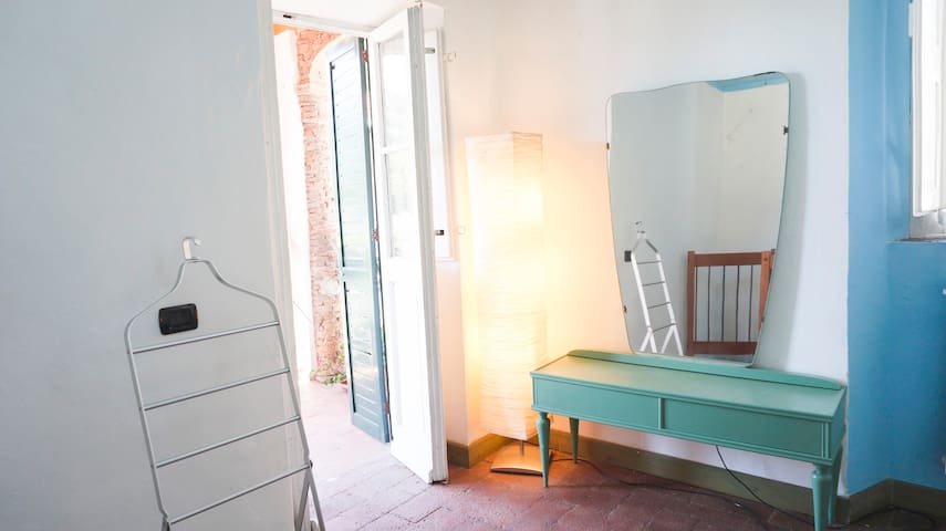 """Azzurra"" with 2 terraces,shared pool and garden! - Lucca - Apartment"