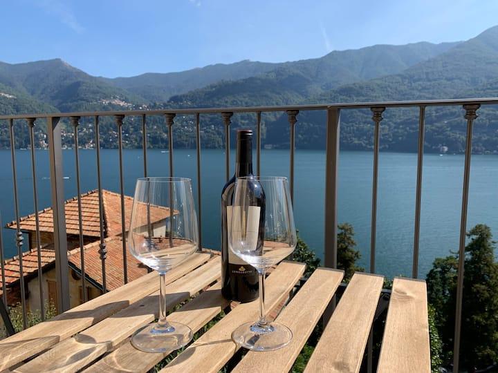 """""""La Torretta"""", the balcony over the Como lake"""