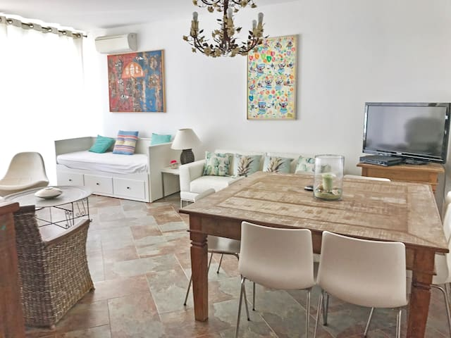 COOL & COZY APARTMENT BY THE SEA IN CABANAS TAVIRA
