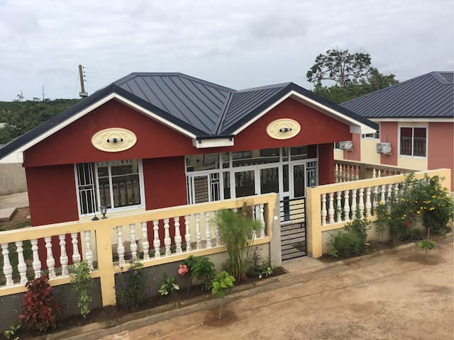 Luxury 2 Bedroom House with 24  hours security. H6
