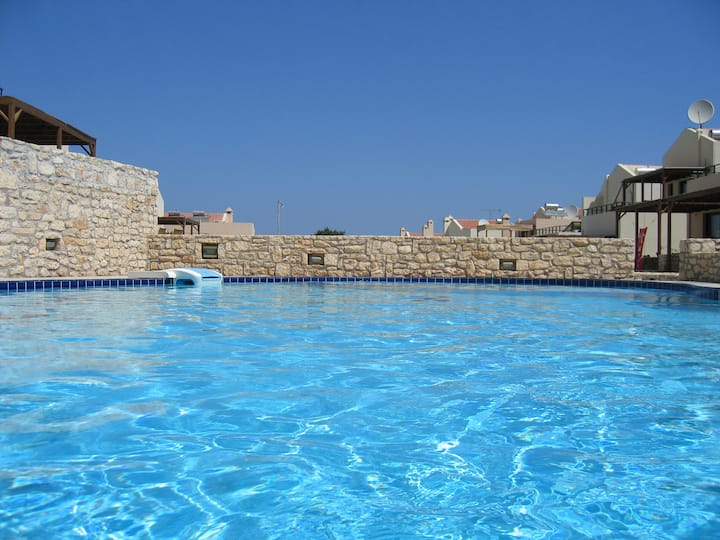 Villa Oscania, 2 bedrooms and pool