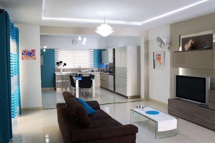 Modern & Spacious Apartment. - Bugibba - Wohnung