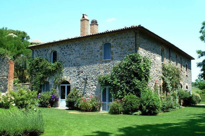 Bedroom in Villa with pool-Bolsena/Umbria/Tuscany