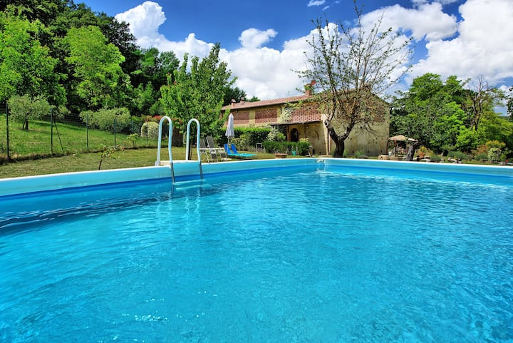 Villa Diletta - Farmhouse with private swimming pool near in San Gimignano, Tuscany