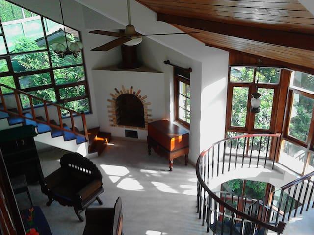 Birdsong Residence, Kandy, Sri Lanka - Kandy - Bed & Breakfast