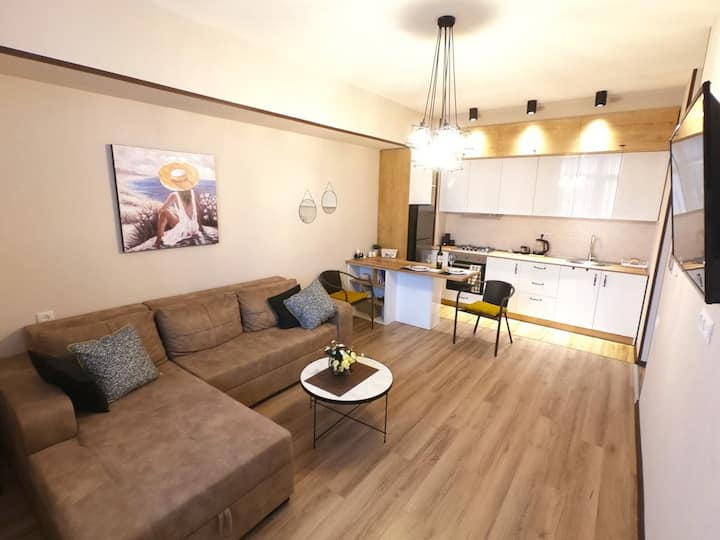 1 Bedroom Vake Parkside Apartment