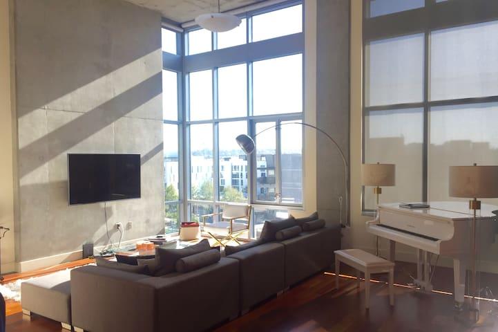 Spacious Penthouse Apartment. - San Diego - Apartment