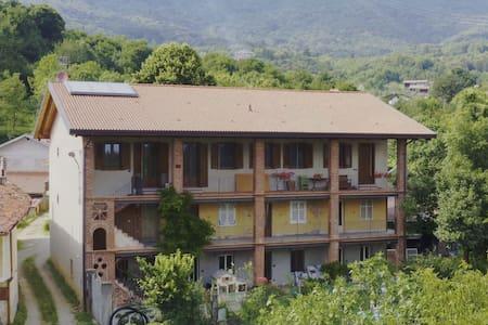 La Casa dei Meli a Borgiallo