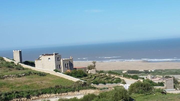 """Maison face mer et plage """"nature"""""""