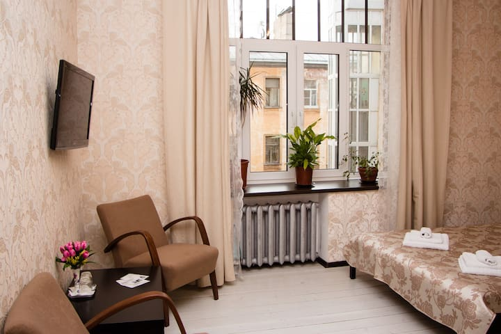 Double Room in the city center