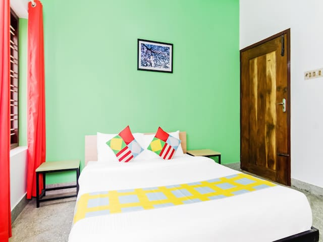 OYO -  Well-Furnished 1BR Home in Trivandrum - Discounted