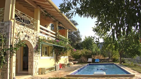 The Garden Of Epicurus sleeps 6 with private pool