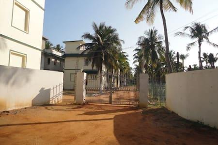 Geohomz HomeStay@ Kilakarai, Ervadi Ramanathapuram