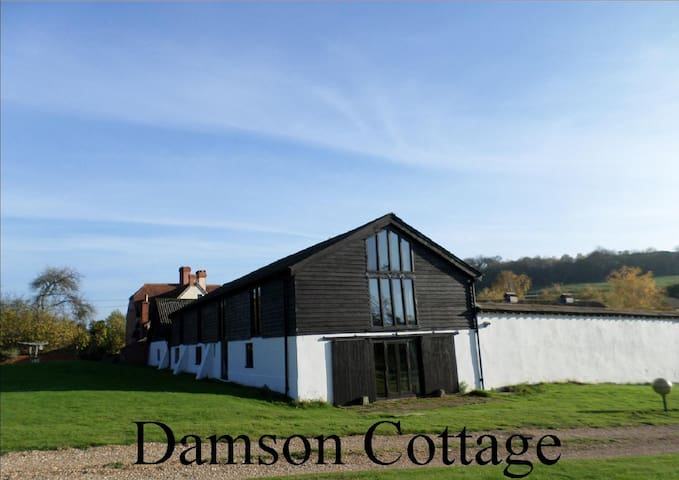 Damson Cottage at The Old Barns - Test Valley District