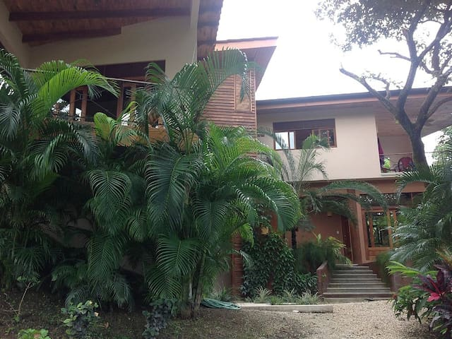 Stunning House near Blue Spirit, Nosara Costa Rica - Nosara - Σπίτι