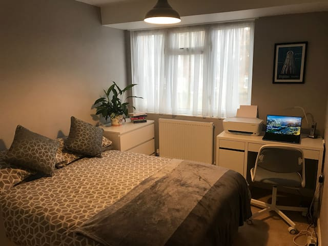 Double Room near Horsham and Gatwick