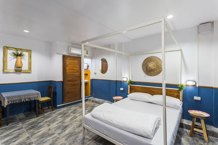 Private double bed room type 2