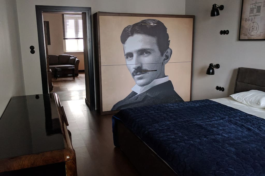 There is a bunk bed hidden behind the portrait of Tesla