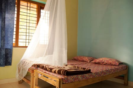 Cosy Double Ensuite in Lush Wayanad - House