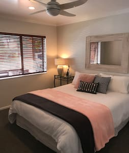Home Away From Home - Auckland - Huis
