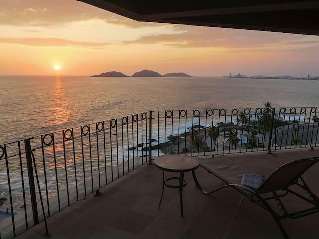 Mazatlan Ocean View 3 Bedroom Condo