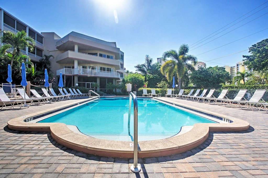Make a splash in the community pool before exploring downtown Marco Island.