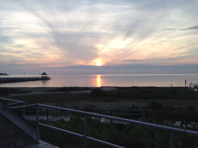 Montauk Sunset at your fingertip!