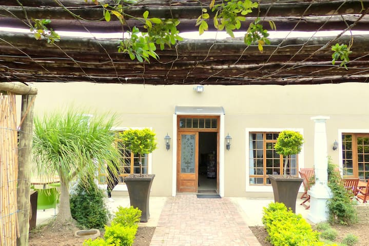 The Kraal Country Estate Addo, Double room 1