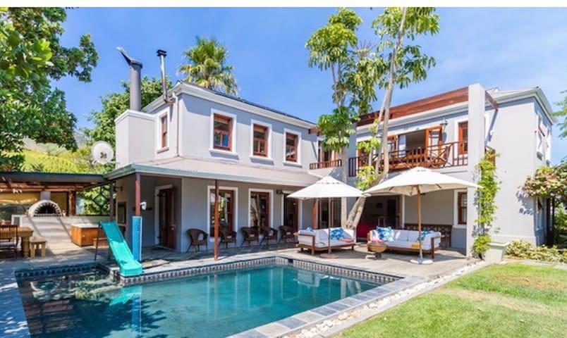 Vineyard Beach Villa