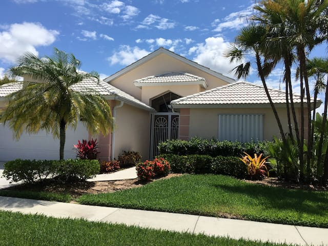 Beautiful home in Lely Resort Naples FL