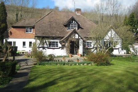 A historical Cottage within the South Downs - East Sussex - Casa