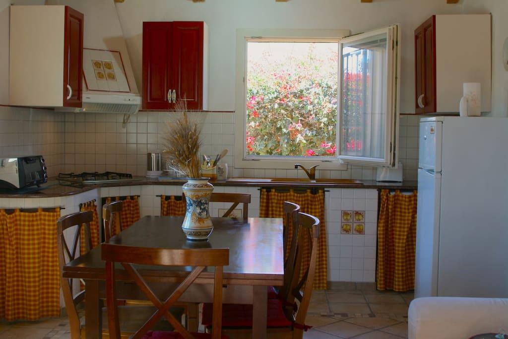 Kitchen-living room/ Cucina-Soggiorno