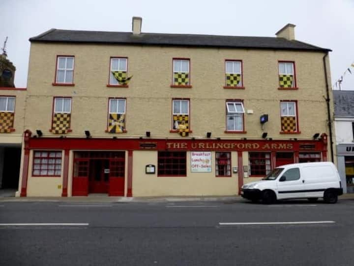 Urlingford Arms Hostel,Urlingford,Co. Kilkenny.(3)