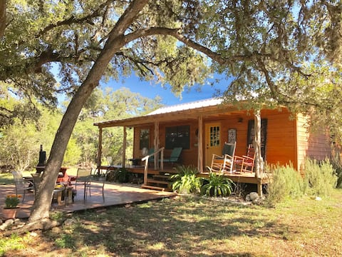Four Sisters Ranch Cabin, Utopia, TX