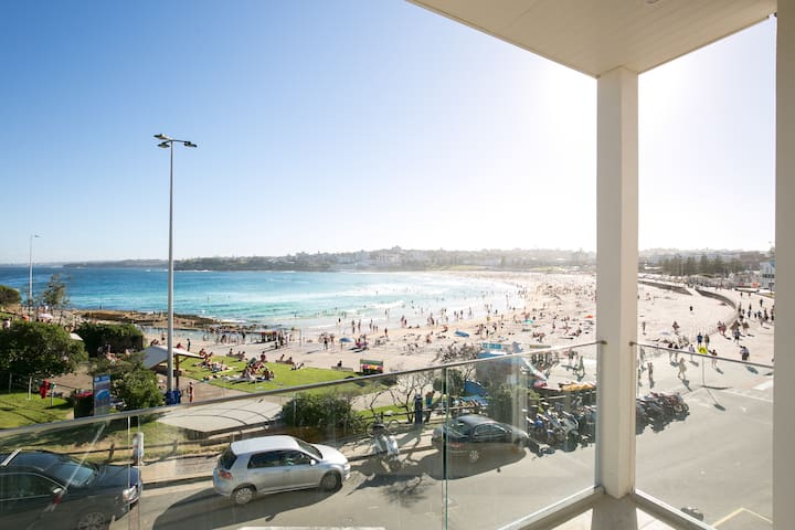 Bondi Vista Beachfront Apartment