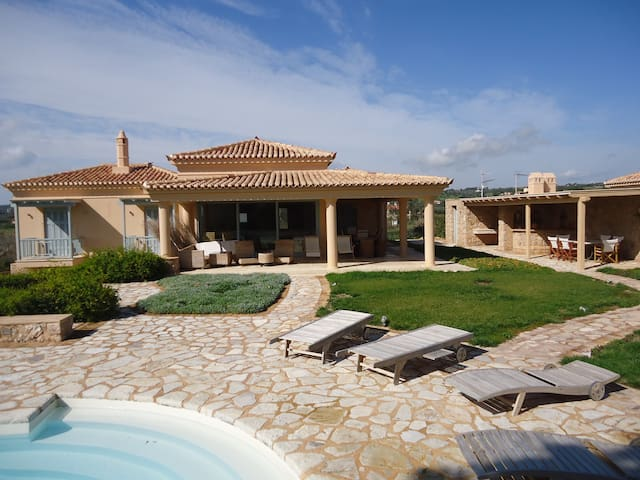 Luxurious villas in Porto Heli - Porto Cheli