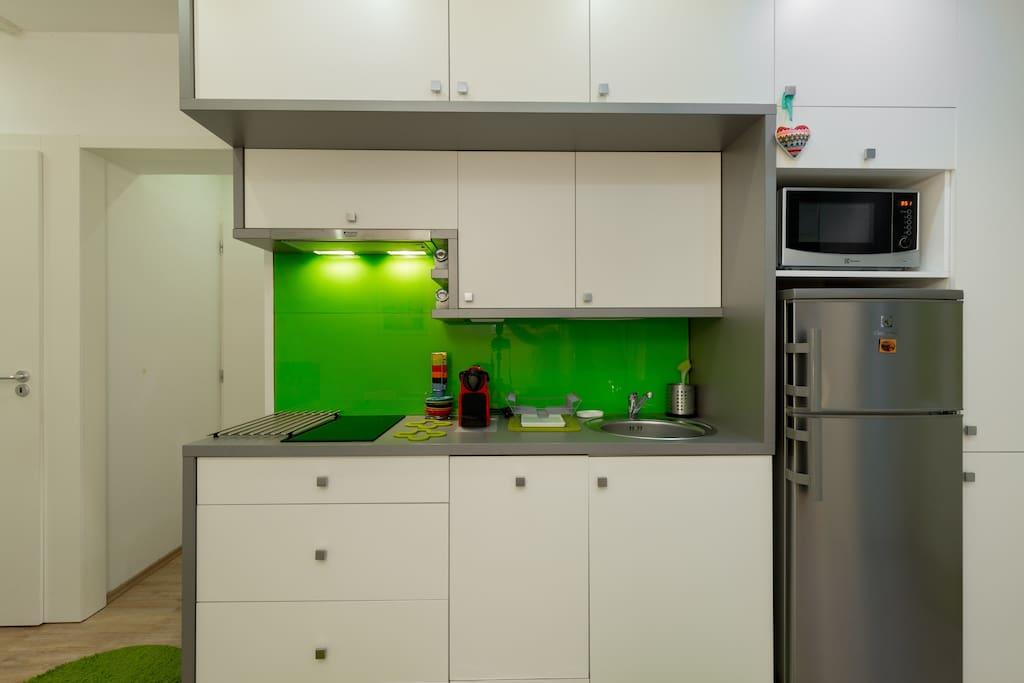 Kitchen and Bathrooms doors
