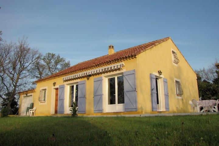 Geräumige Villa mit privatem Pool in der Provence