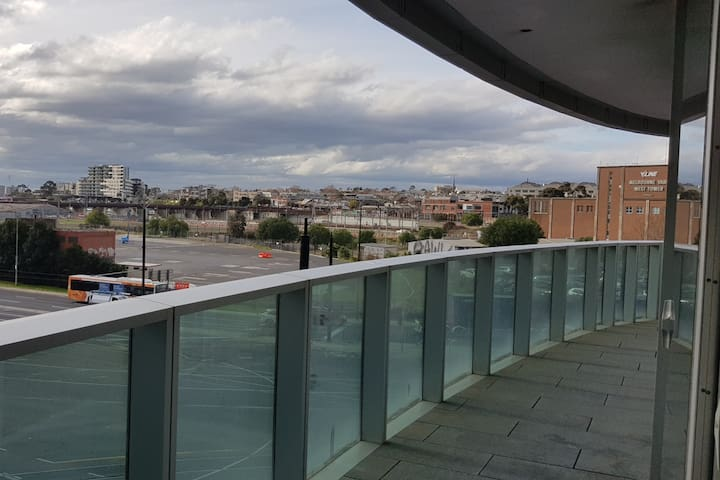 Docklands 301QN 2Bed Free Wifi