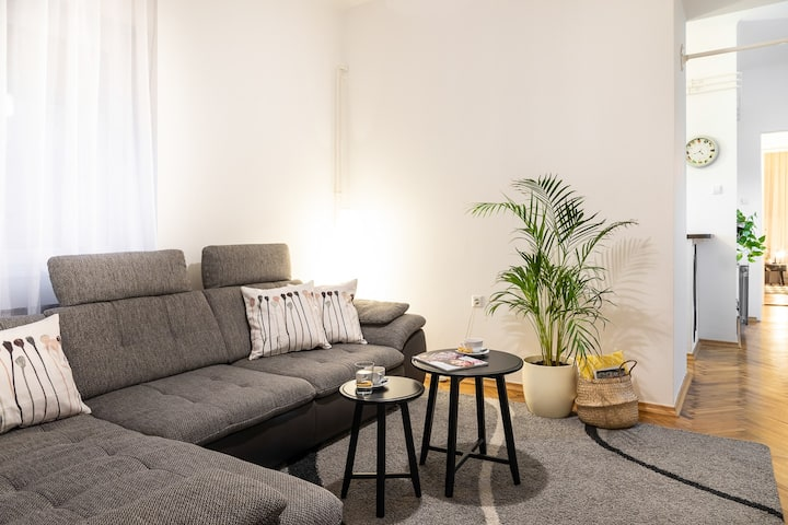 Modern Spacious 3BDR Apartment in heart of Zagreb