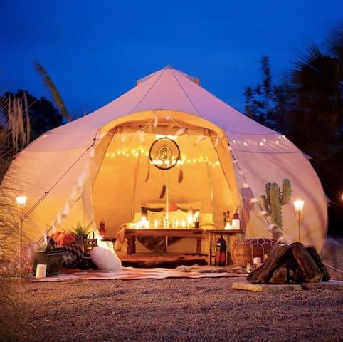 Luna Tent | Glamping Oshkosh Outskirts|
