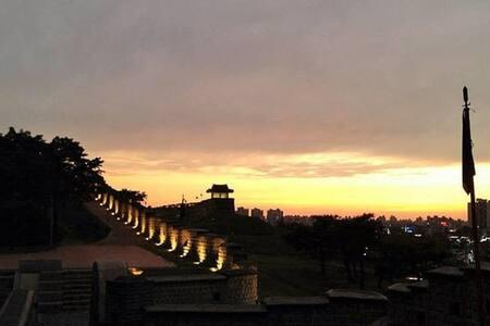 Peaceful~! New/4rms/Suwon수원 - Paldal-gu, Suwon - Ház