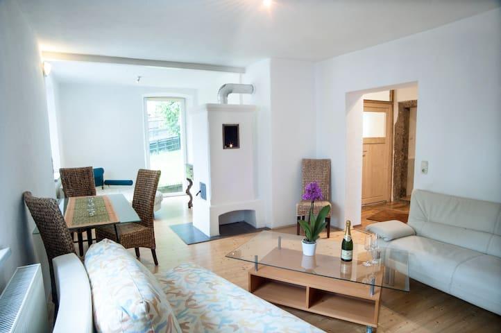 Gemütlicher 3 Zimmer Wohnung mit Terrasse Alex2