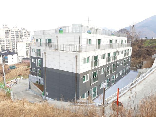 Goesan-eup, Goesan-gun의 아파트