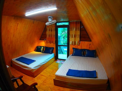 Bungalow with 2 doublebeds at RockGarden