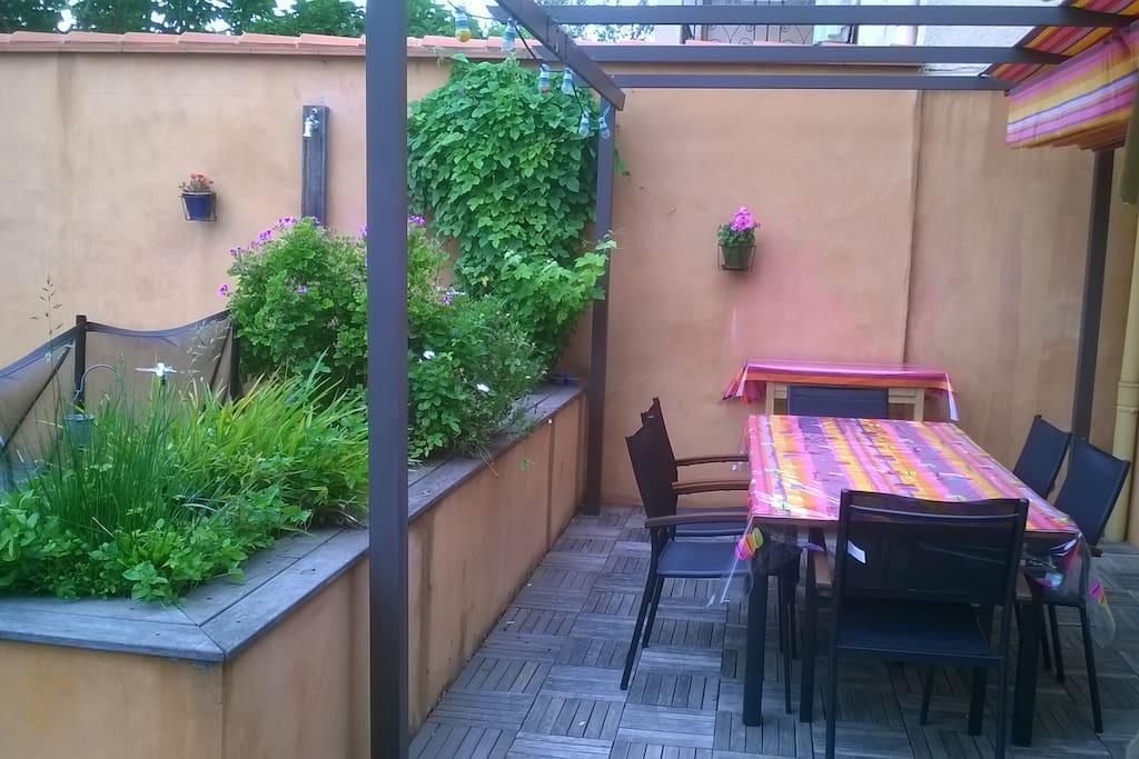 Terrasse coin repas