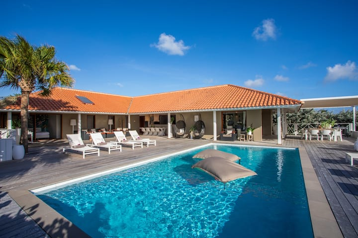 Boca Gentil Villa at Sea